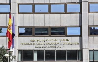 teléfono ministerio economia gratuito